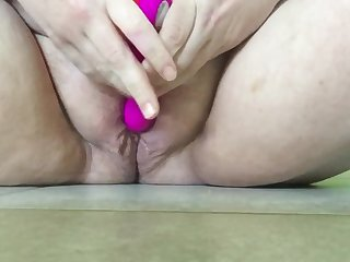 Thick Wet College Teen Squirts a Puddle with Vibrator + Slow Motion!